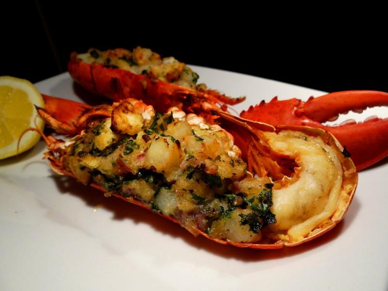 Gefüllter Hummer - Stuffed Lobster (2)