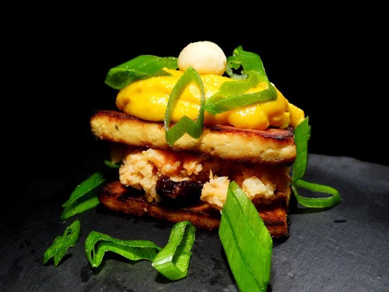 Sekt-Tofu mit Papaya-Farofa und Wasabi-Kürbis 2